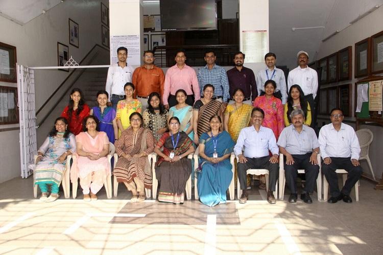 R A Podar College Of Commerce & Economics Official Website